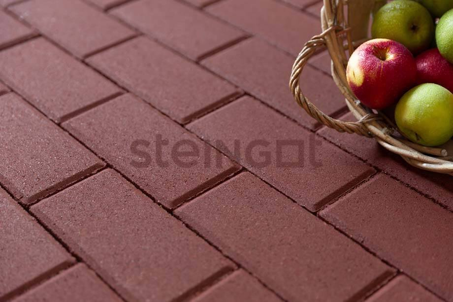 Тротуарная плитка Брусчатка 200*100*40 мм. Темно-красная (верхний прокрас, минифаска)