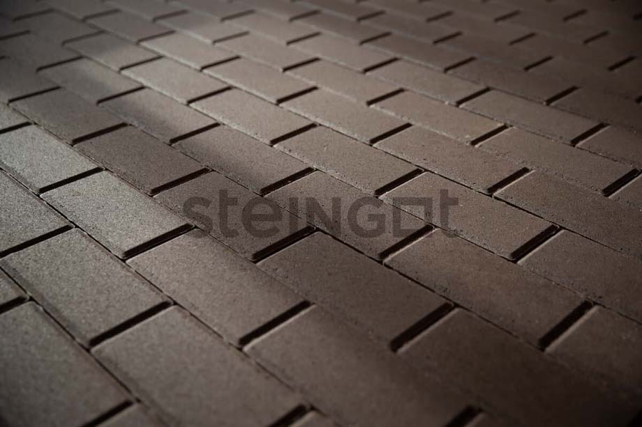 Тротуарная плитка Брусчатка 200*100*60 мм. Темно-коричневая (верхний прокрас, минифаска)