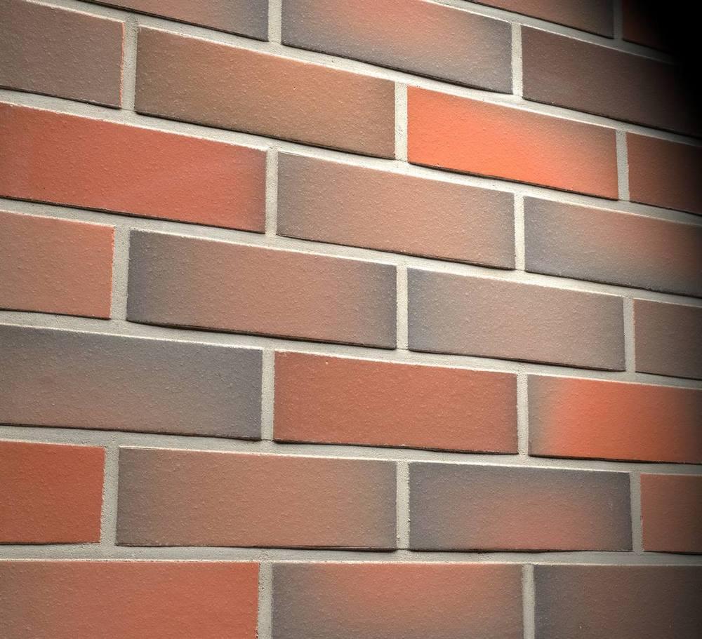 Фасадные термопанели с клинкерной плиткой Feldhaus Klinker R484 Galena terreno viva