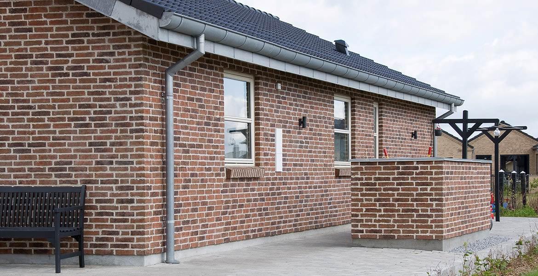 Облицовочный кирпич ручной формовки Randers Tegl RT 445 Rotbunt Patina handformziegel