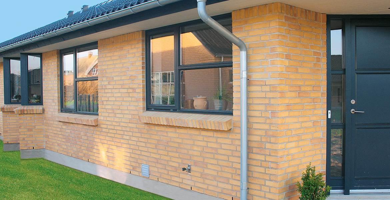 Облицовочный кирпич ручной формовки Randers Tegl RT 487 gelb heide handstrichziegel
