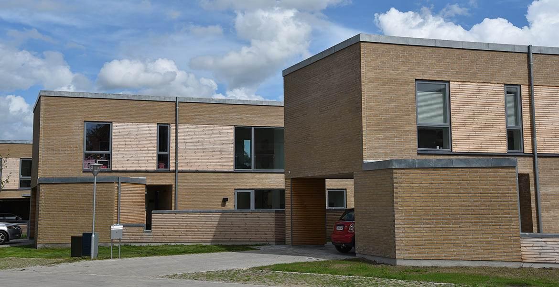 Облицовочный кирпич ручной формовки Randers Tegl RT 474 Gelbbraun Torino Handstrichziegel